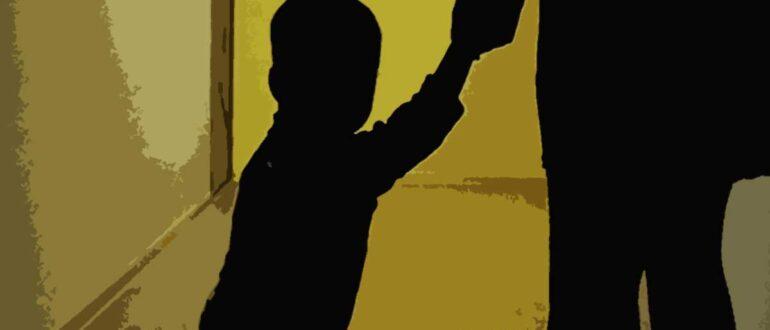 Изъятие детей из семьи в 2021 году: условия опеки, основания